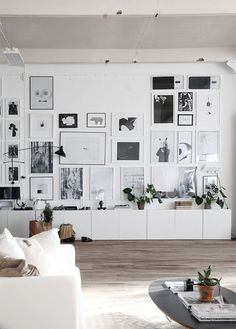 gallery wall goals /
