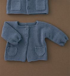 ++ Modèle gilet bébé avec poches. J'aime beaucoup la forme ! - Catalogue Tricotez calin 52