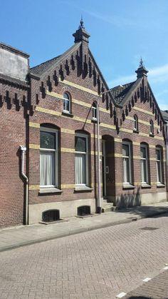 Oude fabriek 'Catalonië' voormalig strohulzenfabriek in Stedekestraat Tilburg.
