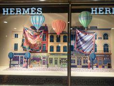 Exposize creeerde en monteerde 23 shopping-windows voor Hermes Iberica