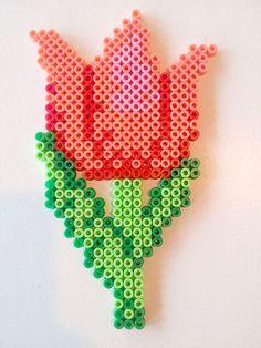 HAMA perler | Sjov og inspiration med Hama perler | Side 6 Easy Perler Bead Patterns, Diy Perler Beads, Perler Bead Art, Bead Loom Patterns, Beading Patterns, Melty Bead Designs, Hamma Beads Ideas, Pearl Beads Pattern, Pixel Art