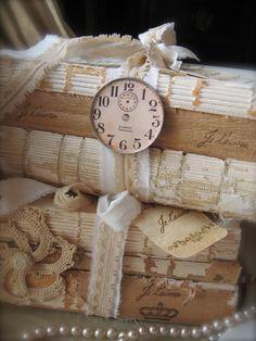 Book Bundles...by Petite Michelle Louise...Je t'aime...i love you