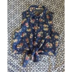 Flower crop top Button top Only worn twice  Ship the same day or next Poetry Tops