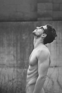 -shirtless guys who forgot their gotchies! Oh, and they could use some food in their tummies too! David Gandy, Fixer Up, Up Auto, Cuerpo Sexy, Dolce E Gabbana, Le Male, Hommes Sexy, Mens Glasses, Nice Glasses