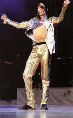PICTURES : Michael Jackson Sexy gold pants | Bluroxx Me