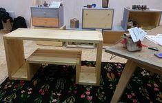 Mic producător de mobilă, jucării, parchet și elemente din lemn masiv, toate tratate natural   Adela Pârvu – jurnalist home & garden Office Desk, Corner Desk, Interior, House, Furniture, Ideas, Design, Home Decor, Corner Table