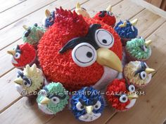 Cool Grumpy old Bird and His Side Kicks... This website is the Pinterest of birthday cake ideas