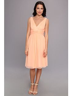Donna Morgan Jessie Short Silk Chiffon Bra Friendly Dress