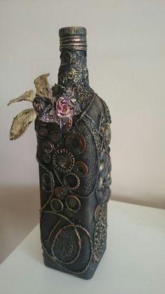 mixed media – Page 28 – magdalena's attic Wrapped Wine Bottles, Bottles And Jars, Glass Bottles, Perfume Bottles, Liquor Bottles, Water Bottle Crafts, Wine Bottle Art, Diy Bottle, Bottle Vase