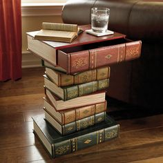 Table of Books Accen...