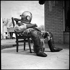 Walker EVANS :: Sponge Diver's Suit, Florida, 1941