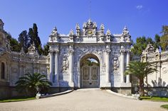 The Gate of Dolmabahçe Palace - located in Beşiktaş - Istanbul / Turkey. Dolmabahçe Palace was the main administrative center of Ottoman Empire Palais De Dolmabahçe, Sultan Palace, Istanbul Travel, Istanbul City, Four Seasons Hotel, Ottoman Empire, Istanbul Turkey, Antalya, Art And Architecture
