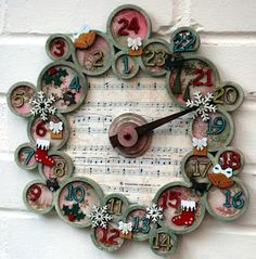 Scattered Scarlet's decorated Tando wreath with the clock behind it