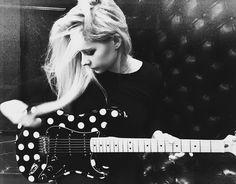 Avril Lavigne | Avril Ru Team