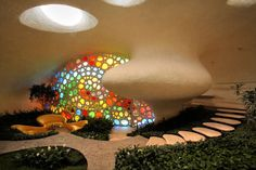 """Bioarquitecture """"Nautilus"""" by  Arquitectura Orgánica: a house shaped as a snails'shell (casa caramujo) in Mexico City."""