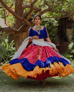 In this post, you can find many best Navratri Dress Images and Navratri Outfit. Chaniya Choli Designer, Garba Chaniya Choli, Garba Dress, Navratri Dress, Lehnga Dress, Chaniya Choli For Navratri, Bandhani Dress, Lehenga Blouse, Indian Bridal Outfits