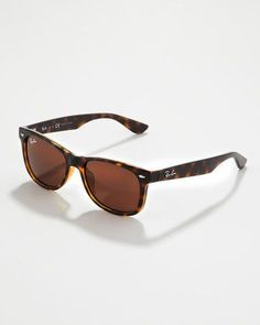 Ray-Ban Wayfarer Sunglasses. i want have these!!! ;D shiny havana frame, brown lens. Yes I am looking good