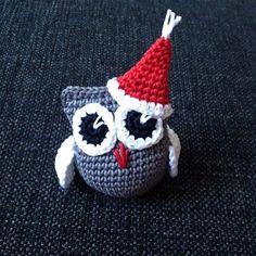 Tomteuggla till en liten Milton är klar ❤️🎅 @malinfransson88 #virka #virkat #uggla #tomte #jul #julpyssel Advent, Man Quilt, Holiday Crochet, Crochet Animals, Pet Toys, Christmas Ornaments, Christmas Stuff, Christmas Ideas, Knit Crochet