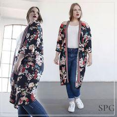 In love con el nuevo Kimono máximo de @spgjenuan_modaxl  no os chifla? #honormycurves #honormycurves #behappy #curvy #tallasgrandes