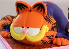Bolo do Garfield Garfield Cake, Garfield Birthday, Beautiful Cakes, Amazing Cakes, Fondant Cakes, Cupcake Cakes, 3rd Birthday Cakes, 40th Birthday, Funny Cake