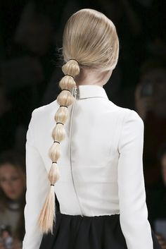 Segmented Ponytail - a stylish update to an old classic; chic hairstyle inspiration // on the Valentino runway, Hair Day, My Hair, Ponytail Hairstyles, Cool Hairstyles, Hairstyles 2018, Beautiful Hairstyles, Hair Inspo, Hair Inspiration, Runway Hair