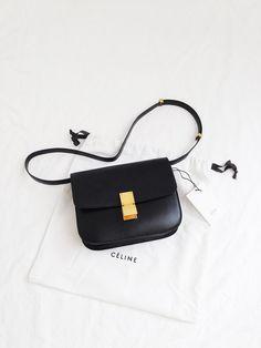 Women's Handbags For Every Occasion : Stunning Celine Mini Bag Cheap Purses, Cute Purses, Cheap Bags, Luxury Handbags, Purses And Handbags, Designer Handbags, Celine Handbags, Luxury Purses, Hobo Handbags
