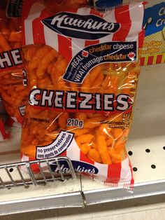 17 Unique & Delicious Items of Canadian Junk Food Canadian Things, I Am Canadian, Canadian Rockies, Canadian Culture, Moraine Lake, Banff, Dill Pickle Chips, Backpacking Canada, Meanwhile In Canada