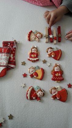 Addobbi natalizi-gessetti dipinti-fatto con le mie mani-hand made With love- natale