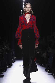 Fuzzy, warm, practical femininity, this is what Hermès' new collection was all about. Highlights included perfectly tailored outerwear: cropped bolero jackets, revisited bombers and long...