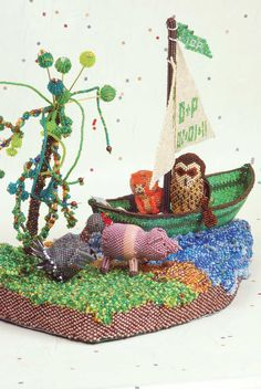 2011 Seed Bead: Non-Jewellery -2nd Anne Mathers   'The Owl and The Pussy Cat'  Voted Best In Show by visitors to The Big Bead Show Oct 2011.  For details on entering this year visit www.thebigbeadshow.co.uk