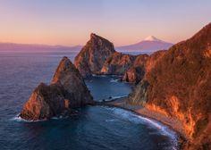 Mt Fuji w/ Senganmon by Agustin Rafael Reyes on 500px