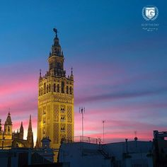 presents I 26/10/15  I G  O F T H E D A Y  P H O T O | @toni.marco LOCATION | La Giralda. Sevilla. Andalucía.  A D M I N | @pasopalio  S E L E C T E D | @pasopalio  F E A U T U R E D T A G | #ig_andalucia #andalucia  M A I L | igworldclub@gmail.com  S O C I A L | Facebook  Twitter M E M B E R S | @igworldclub_officialaccount  C O U N T R Y R E Q U I R E D | If you want to join us and open an igworldclub account of your country or city please write us or go to www.igworldclub.it  F O L L O W…