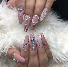 Dimond Nails, Gem Nails, Aycrlic Nails, Dope Nails, Hair And Nails, Manicure, Cardi B Nails, Ongles Bling Bling, Rhinestone Nails
