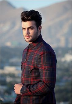 Photos, physical attributes and credits & experience of Akmal Omid - Actor, Extra and Model based in New South Wales, Australia Stylish Boys, Stylish Shirts, Stylish Girl Images, Casual Shirts, Casual Outfits, Male Models Poses, Boy Models, Black Outfit Men, Zayn Malik Photos