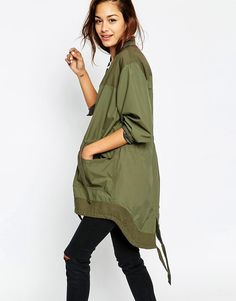 Buy ASOS Bomber Parka with Contrast Panelling at ASOS. With free delivery and return options (Ts&Cs apply), online shopping has never been so easy. Get the latest trends with ASOS now. Daily Fashion, Love Fashion, Womens Fashion, Fashion Design, Fashion Online, Festival Outfits, Festival Fashion, Parka, Outdoorsy Style