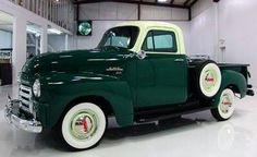trucks and cars Gmc Trucks, Hot Rod Trucks, Cool Trucks, Chevrolet Trucks, Vintage Pickup Trucks, Classic Chevy Trucks, Classic Cars, Vintage Cars, Classic Gmc