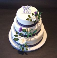Anglo-Gaelic wedding cake by Alix s Cakes, via Flickr