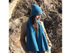 Шарф из 100% кашемира. Scarf Knit, Raincoat, Turquoise, Knitting, Hats, Jackets, Color, Fashion, Cable Knit Scarves