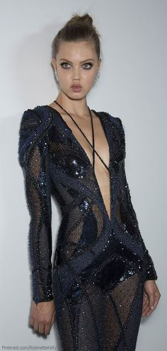 Versace Atelier Haute Couture | F/W 2013 Erection over this dress!