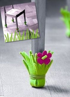 #diy #home Girls Night Crafts, Craft Night, Diy Projects To Try, Crafts To Make, Crafts For Kids, Funky Furniture, Furniture Makeover, Felt Quiet Books, Do It Yourself Crafts