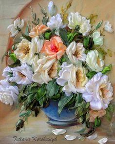 Цветы, вышитые лентами http://artlabirint.ru/cvety-vyshitye-lentami/  Цветы, вышитые лентами талантливой художницей Татьяной Коробейник. {{AutoHashTags}}