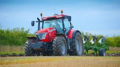 Want to know how to drive a tractor safely? Here're the commandments of tractor safety so you can ensure learning to drive a tractor is fun and convenient!