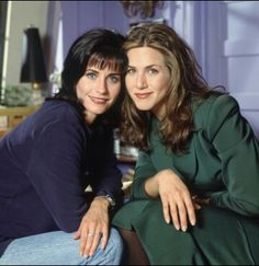 Age, it would appear, cannot wither A-list actresses Courteney Cox and Jennifer Aniston, famous for their roles as Monica Geller and Rachel Green in hit US sitcom Friends. Friends Tv Show, Tv: Friends, Friends 1994, Friends Cast, Friends Moments, I Love My Friends, Friends Forever, Rachel Green, Monica And Rachel