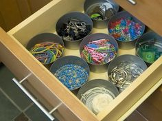 Organize Your Junk Drawer • Great step by step tips & ideas on how to organize your junk drawer!
