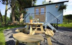 Campsites in , Campsites and Caravan sites in the UK ( England, Wales and Scotland ) & Ireland, Book direct with the site owners. Shepherds Hut, The Shepherd, Glamping Uk, Wales Uk, Campsite, About Uk, Scotland, Ireland, Places To Go