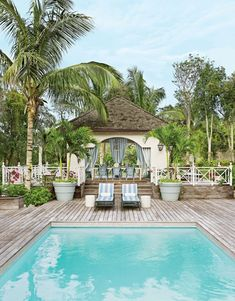 Sun-soaked homes from Bali to the Bahamas DESIGNER: Miles Redd PHOTOGRAPHER: Björn Wallander #theBeach #landscape #Garden