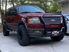 """2005 Ford Expedition - 17x8.5 0mm - Method MR305 - Suspension Lift 3.5"""" - 35"""" x 12.5"""" Lincoln Aviator, Ford Excursion, Ford Expedition, Cool Cars, Truck, Garage, Goal, Ford Trucks, Autos"""