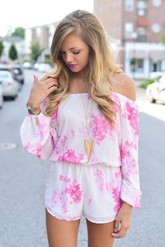 Pink floral romper #swoonboutique, Summer outdoor that always light up your look
