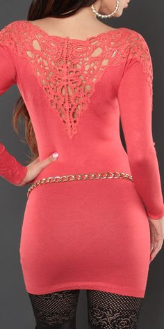 Модель 0000ISF007, удлиненный пуловер с глубоким V-образным вырезом, шитьем на плечах и спине. Цвет: коралловый, размер: 42-46 (один размер)