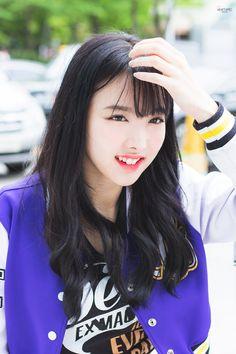258 Best Twice Nayeon Images Im Nayeon Korean Girl Groups Kpop